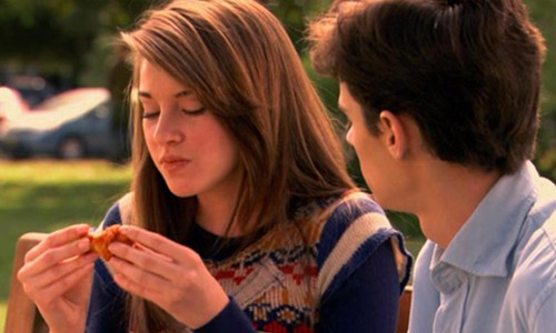 The secret life of this pregnant television teen involves eating a chicken wing.