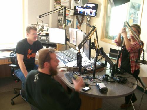Radjaw on KXLL Radio singing Barry White.