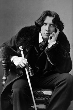 File_Oscar_Wilde_portrait.jpeg