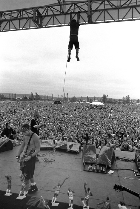 Lance Mercer, Pearl Jam, Drop in the Park, Magnuson Park, Seattle, WA, 1992.