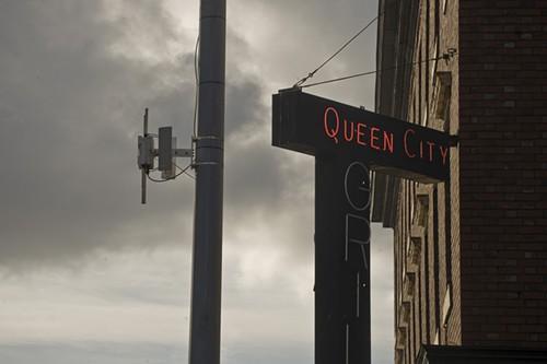 queenrouter.jpg