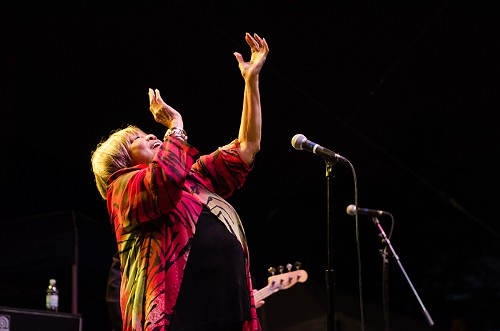 Mavis Staples soul belting was as iconic as ever.