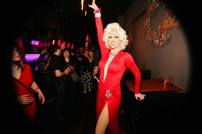 The always incandescent Robbie Turner lights up the room with her smile.